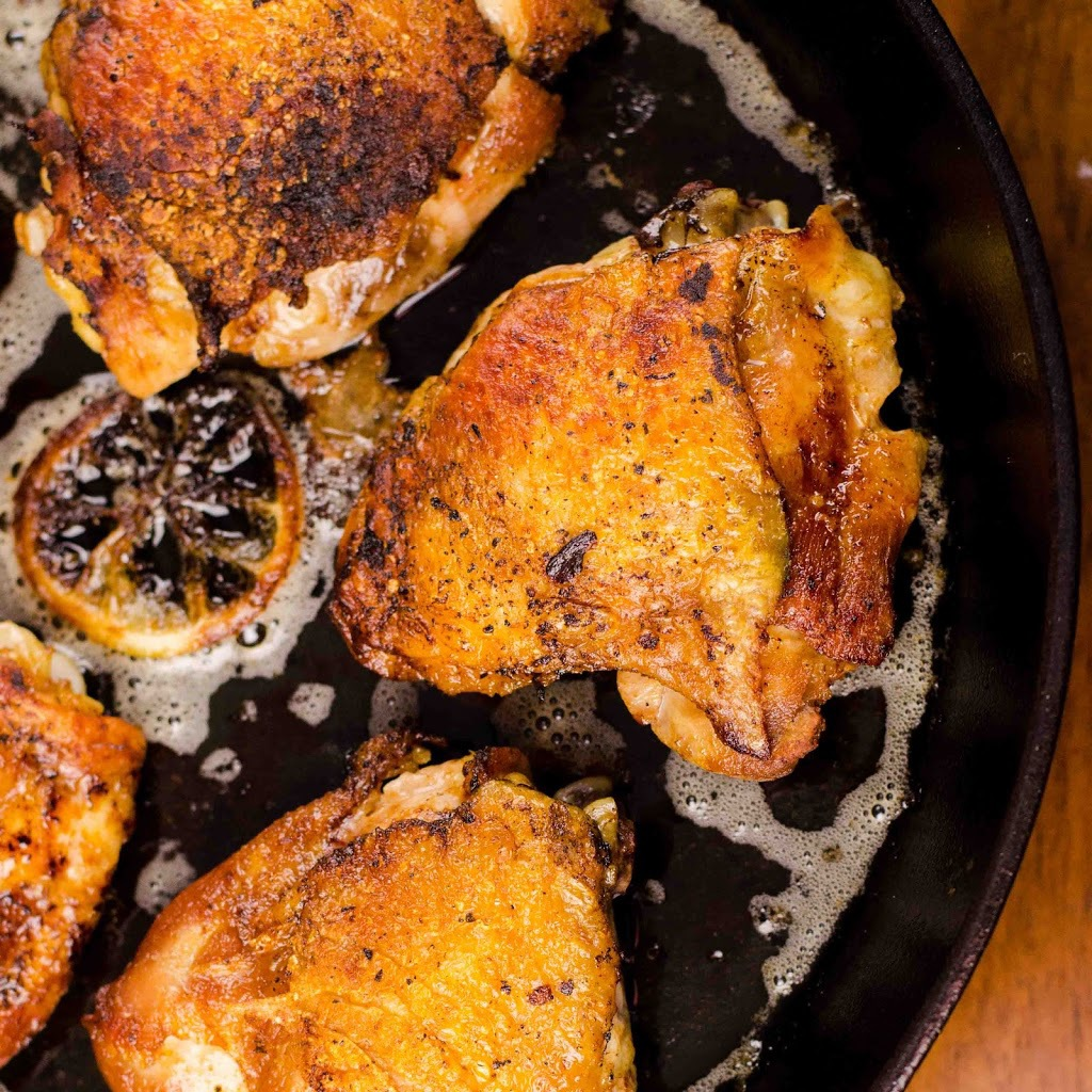 Iron-Skillet-Roasted-Chicken-Thighs31